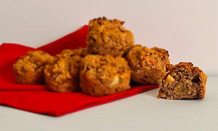 Cinnamon apple oat muffins